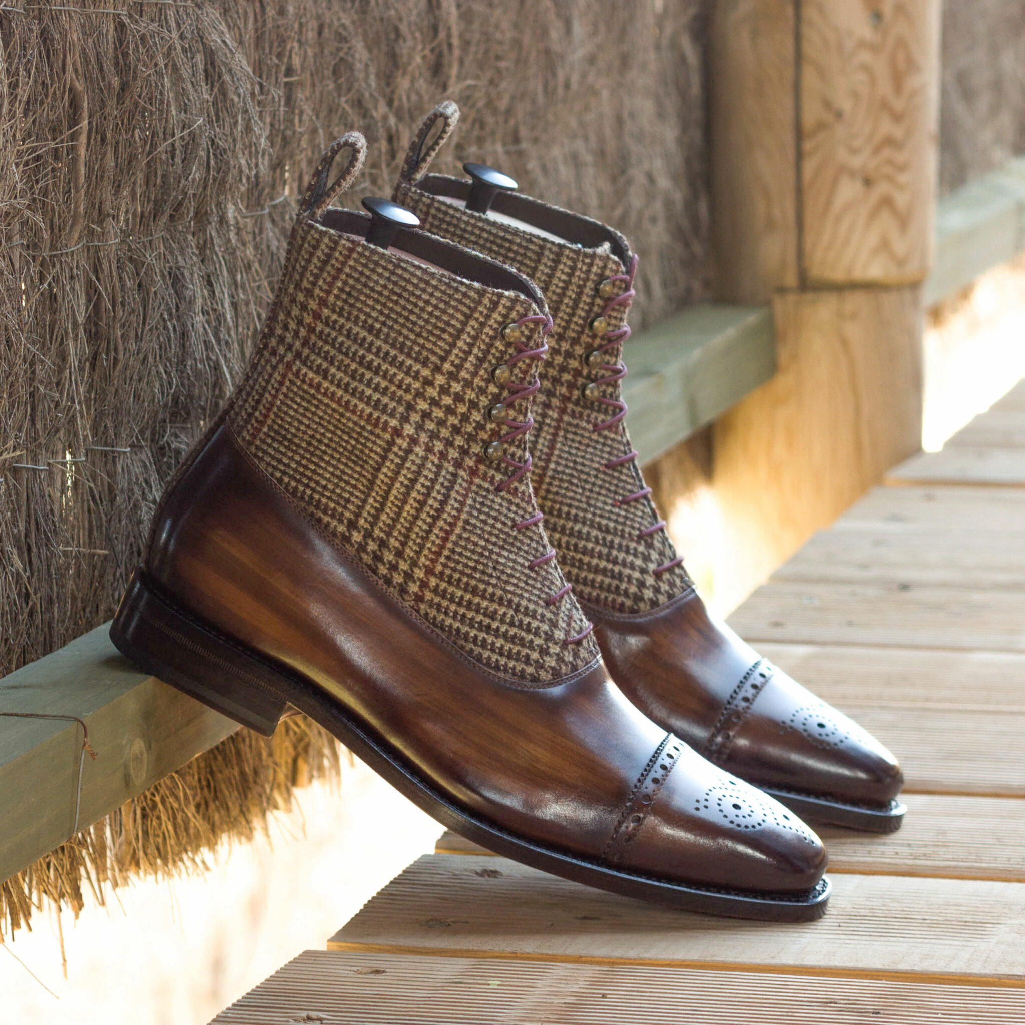 Balmoral boot tweed sartorial + brown crust patina : 370€