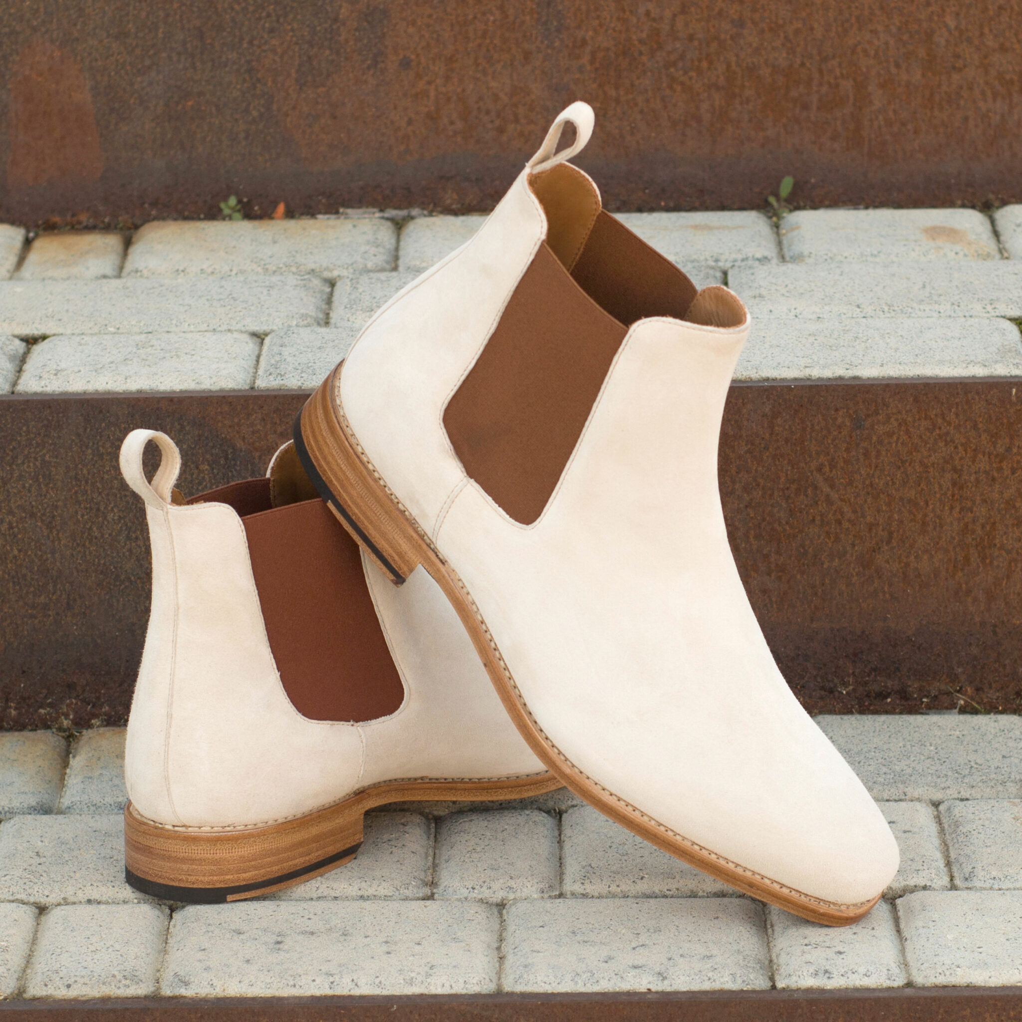 http://dossantosshoes.made-to-order.com/get-inspired/?d=fda3c92f-51c3-4009-9737-36ae477c7057