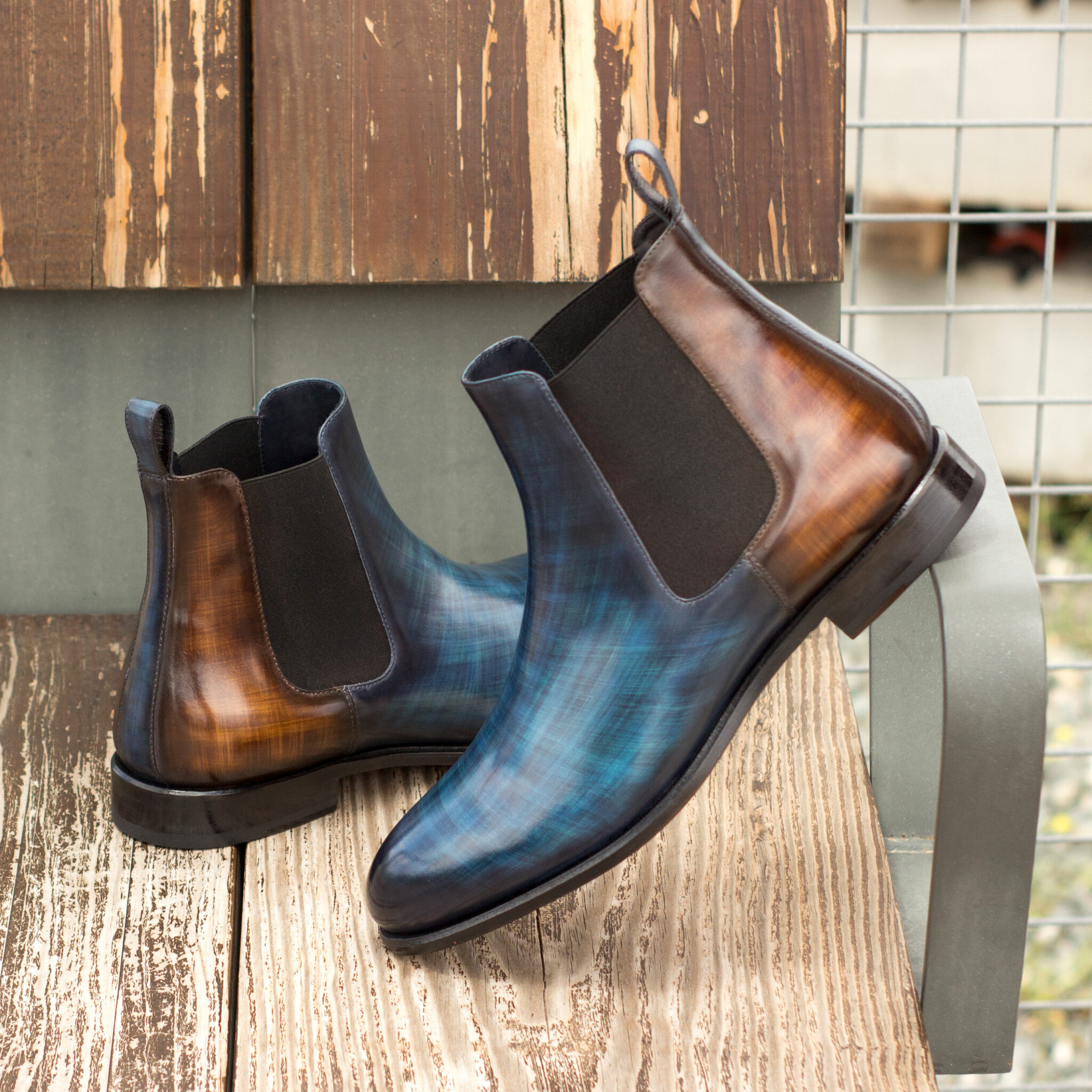 Chelsea boot denim crust patina + brown crust patina : 360€