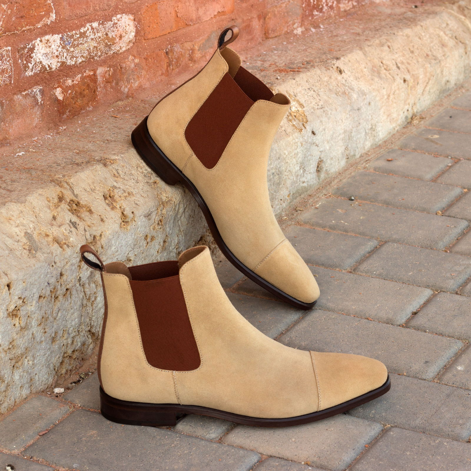Chelsea boot  sand lux suede + med brown painted calf : 250€