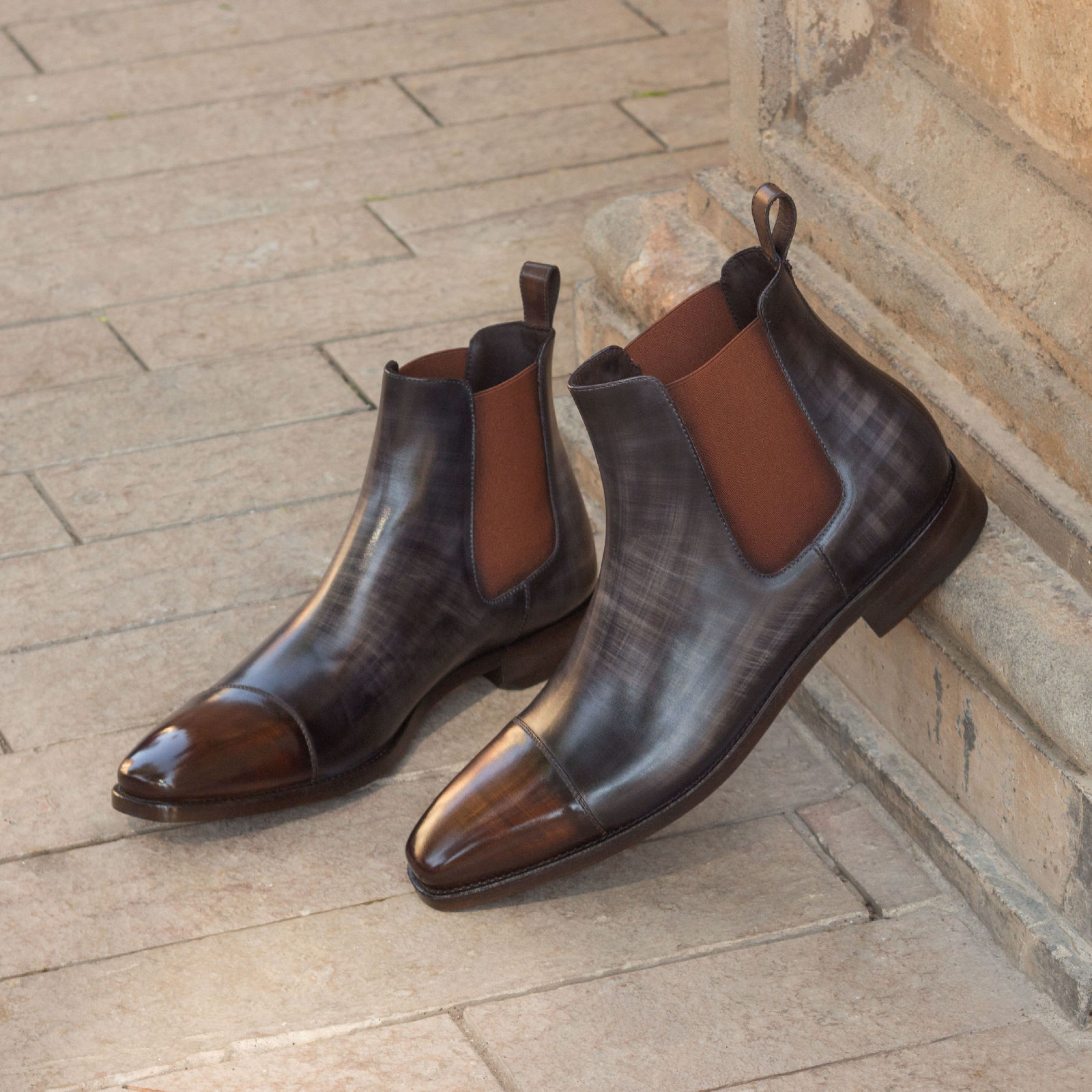Chelsea boot  grey crust patina + brown crust patina : 360€