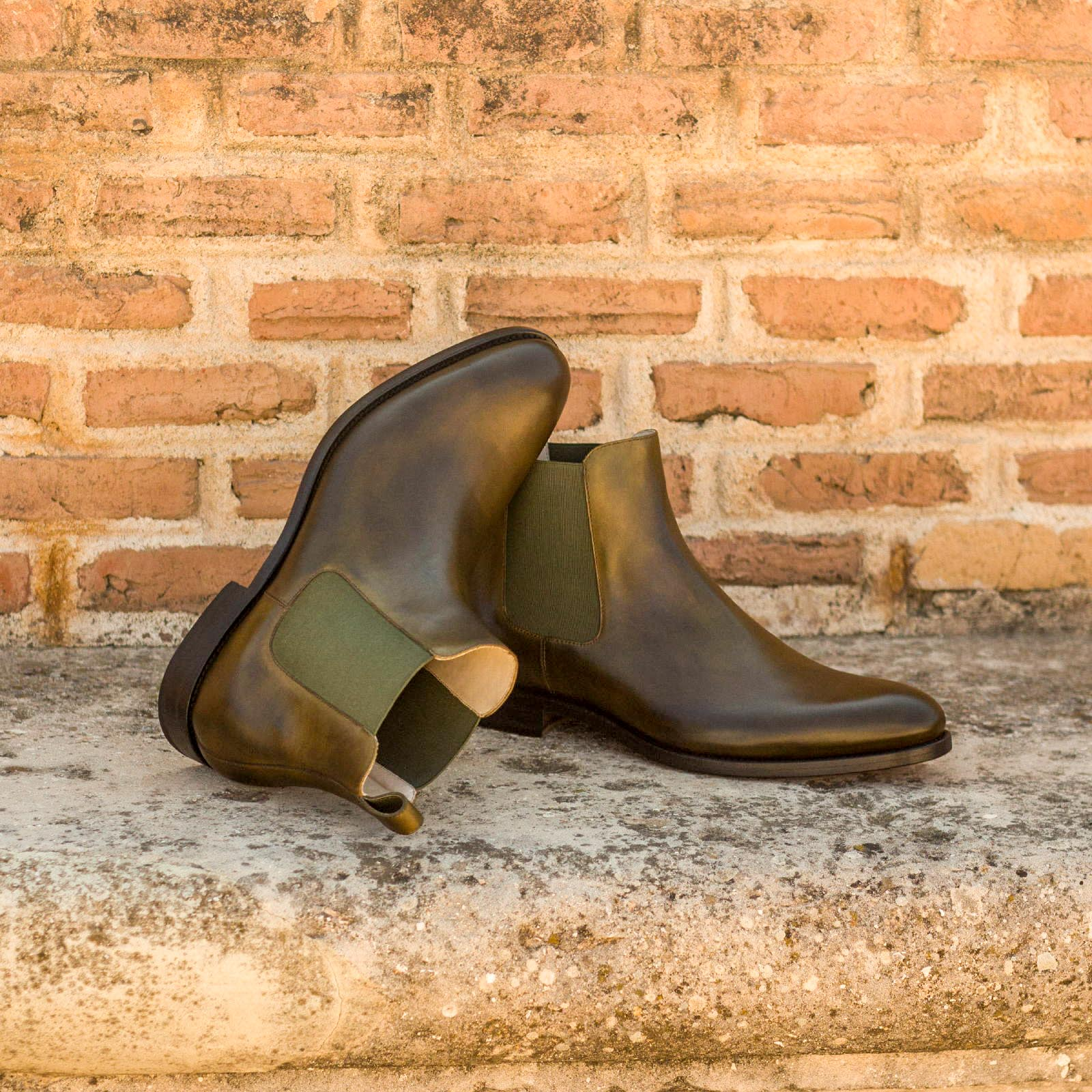 Chelsea boot olive painted calf : 250€