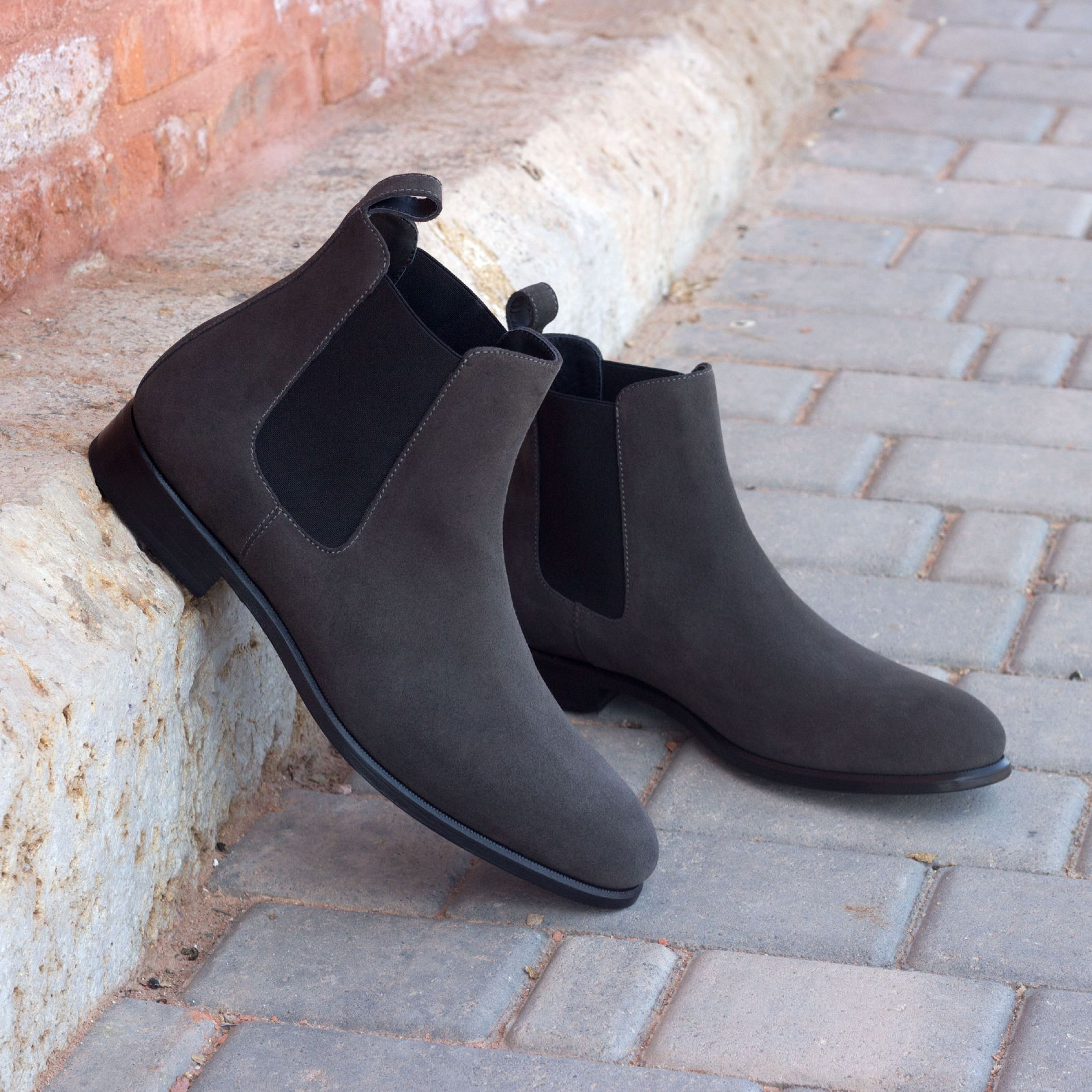 Chelsea boot grey lux suede : 250€