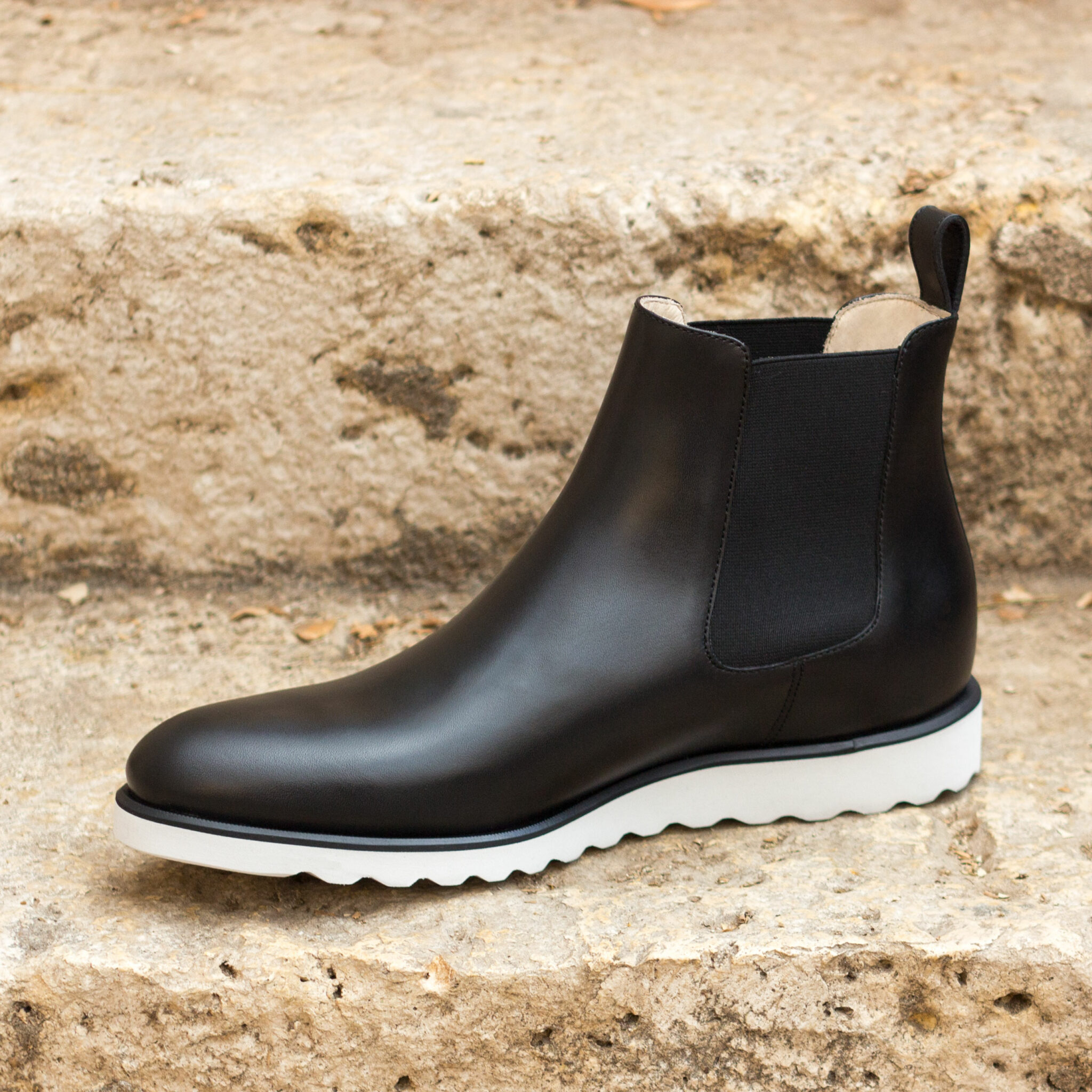 Chelsea boot black painted calf : 250€