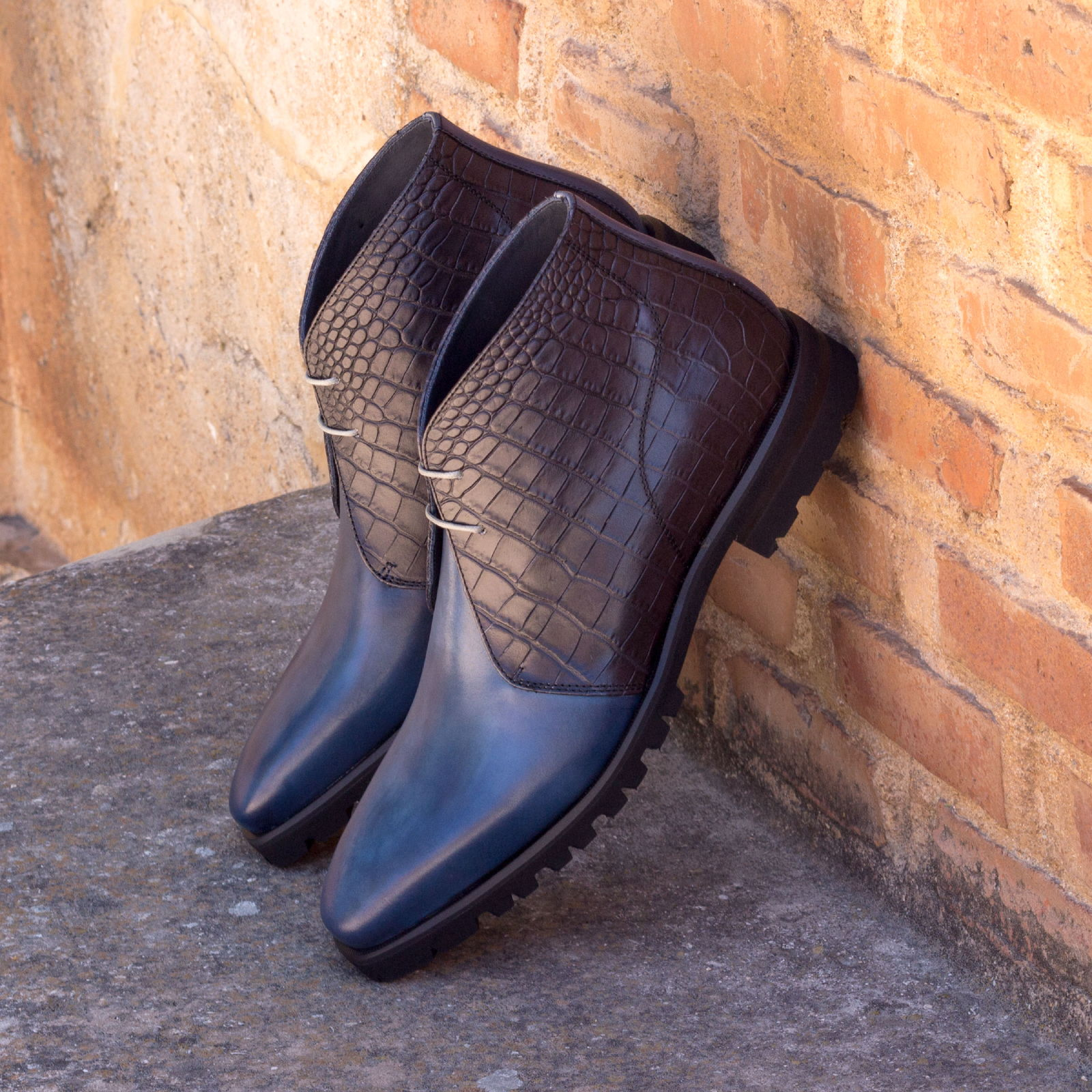 Chukka boot croco black + navy painted calf : 250€
