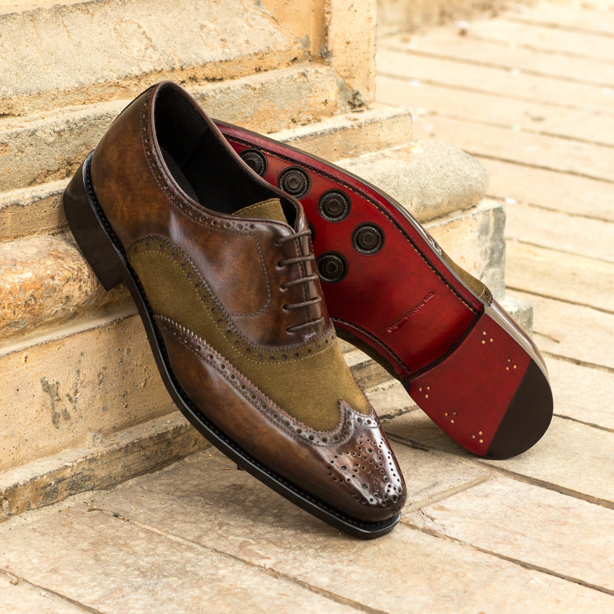 Full brogue khaki lux suede + denim crust patina + brown crust patina : 340€