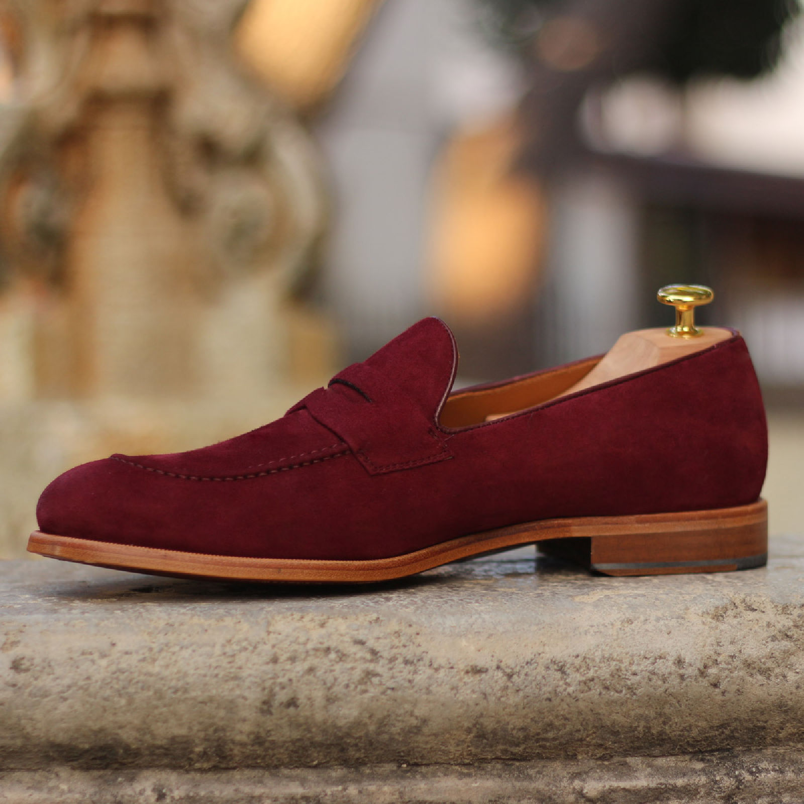 Loafer burgundy box calf + wine kid suede : 240€