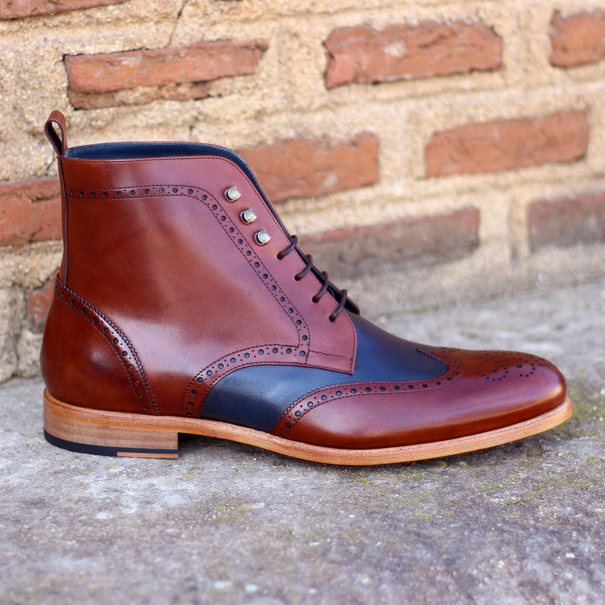 Military brogue  med brown painted calf + navy painted calf : 250€