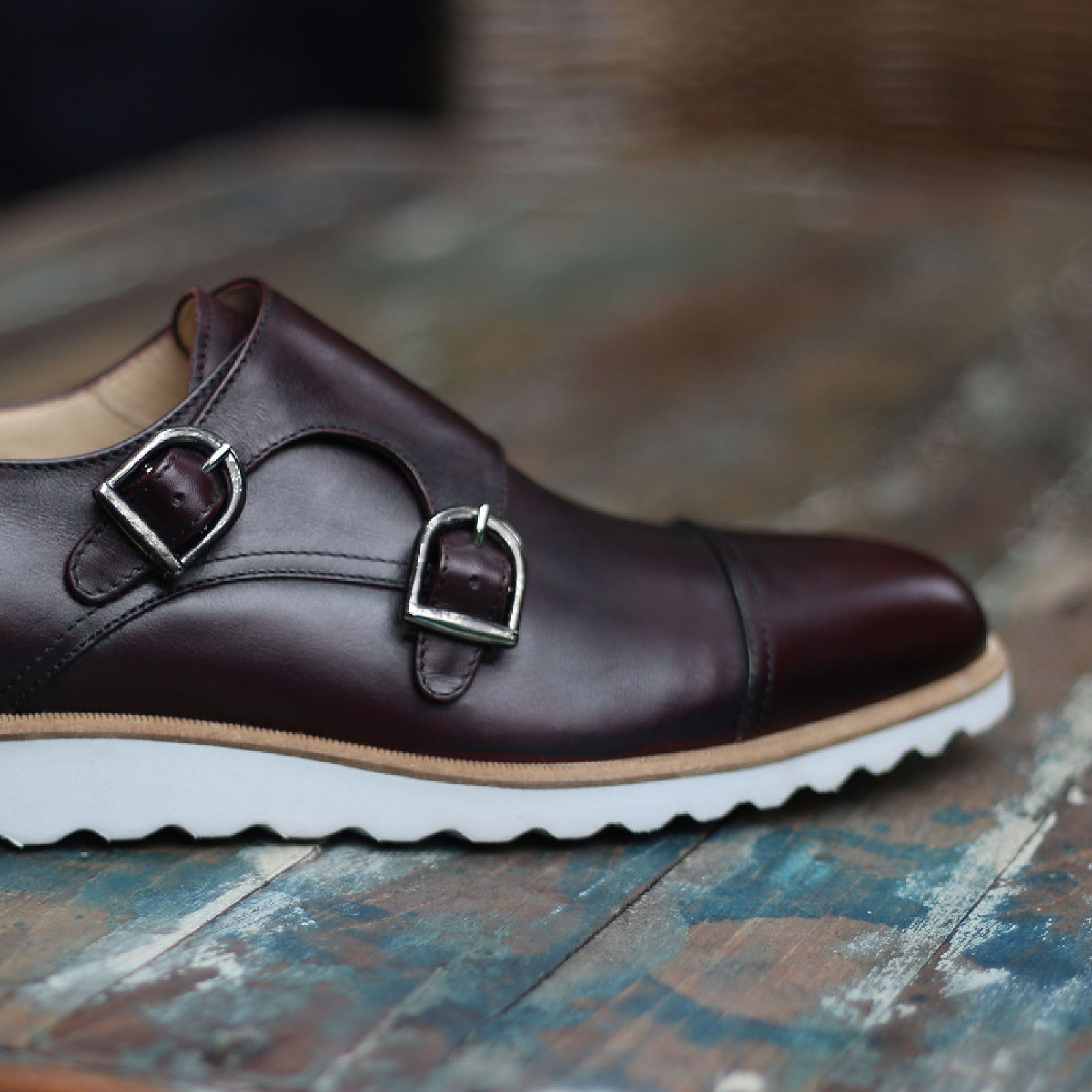 Double monk burgundy painted calf : 240€