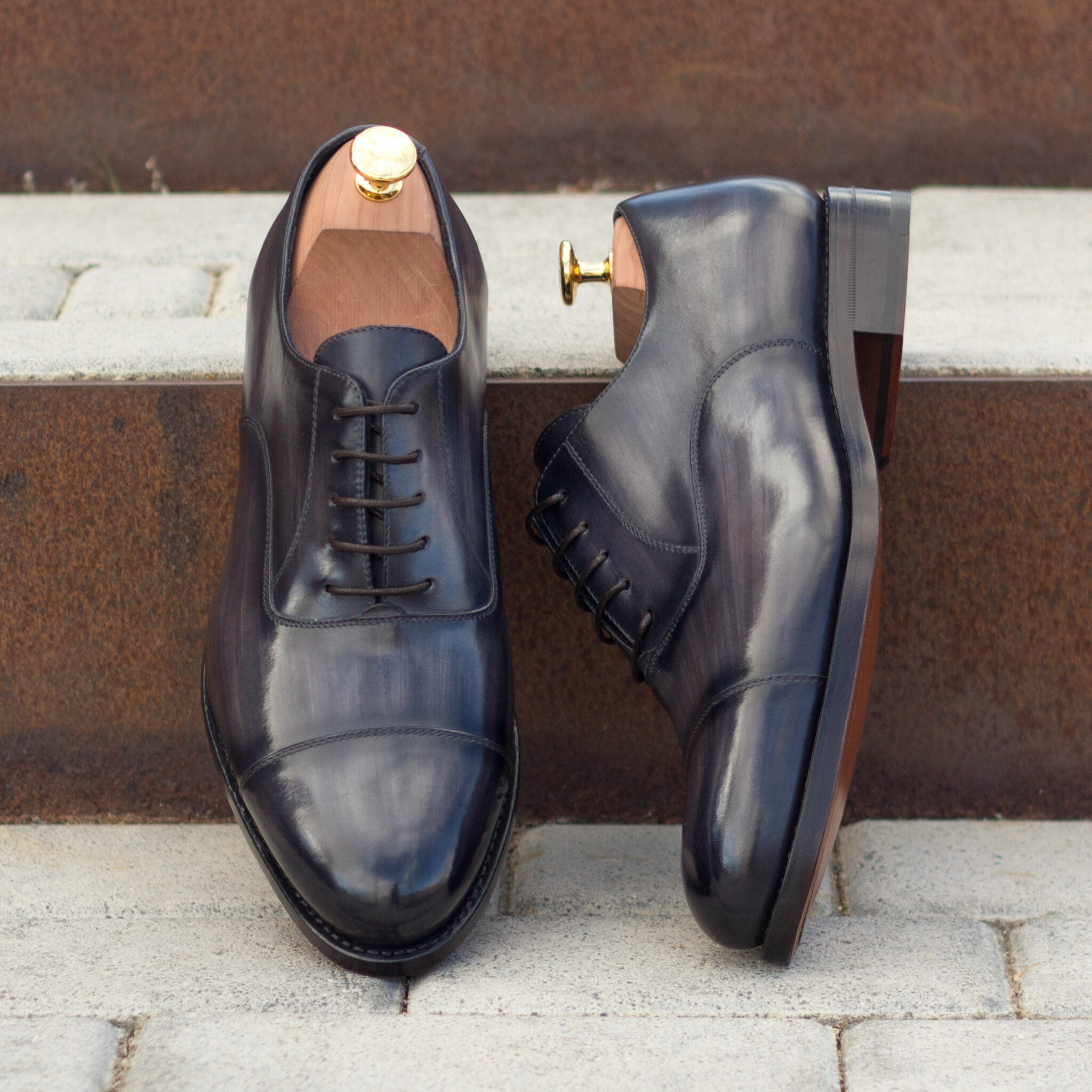 Oxford  grey crust patina : 330€